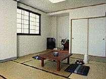 掃除のいきとどいた清潔感あふれる和室