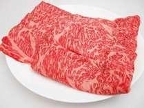 すき焼き用にスライスされた信州牛は口の中でとろけます!