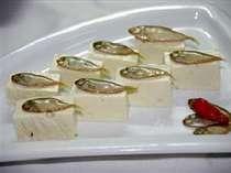 スク(アイゴの稚魚)を粟国の塩で漬けました。ミネラルたっぷり!!