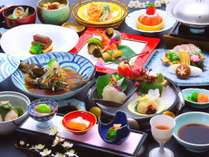 【地産地消】 味だけではなく見た目にも拘った繊細なお料理の数々。