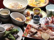 旬の山海の食材を使用する里会席♪コスパの良さが好評です!/例