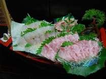 【天然高級白身魚のお刺身舟盛り】2人前