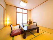 【和室 10畳】小さいお子様と一緒のファミリーのご指定の多い和室です。