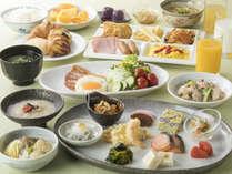 <地産地消朝食バイキング>地元料理含め、約50種以上和洋朝食バイキング(営業時間6:30~9:30)