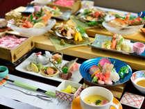 *夕食一例/蟹×魚×牛 見た目にも美しいお料理をぜひご堪能ください。