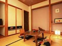 和室6畳のお部屋。ごゆっくりお寛ぎください。