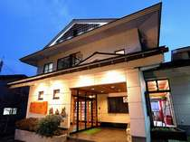 野の花 焼山荘  (青森県)