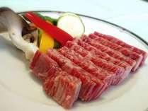 信州産和牛付のグレードアッププラン発売しました♪柔らかジューシーなお肉をお楽しみください。