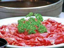 【和牛すき焼き】甘辛く味付けされたお肉はご飯との相性も抜群