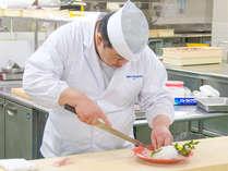 【和食料理長】一品一品心を込めてお客様へご提供致します