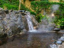 【玄海さつき温泉】露天岩風呂で玄海灘からの優雅な風を感じてみてください。