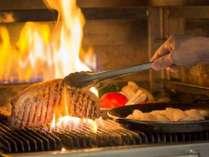 夕食例:武蔵釜で焼いたステーキは絶品