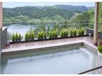 【直前割】お日にち限定で特別価格!湖畔が一望できる露天風呂と旬の会席料理を楽しもう!