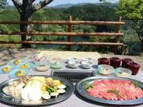【お肉or海鮮 選べるBBQ】手ぶらでOK!湖が一望できる展望バーベキューで、夏休みの思い出作り