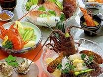 伊勢海老がメインの夕食はボリュームたっぷり大満足♪(一例)