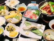 信州ならではの山の食材をふんだんに使ったお料理。ぜひ一度お試しください♪