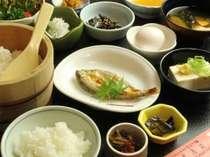 からだに優しい和朝食♪朝のエネルギーチャージに是非!,岐阜県,岩寿荘
