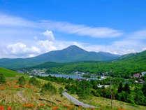 **ビーナスラインからのぞむ白樺湖/ビーナスラインは信州を代表するドライブルートです!