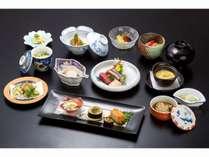 和食会席膳【5,400円】一例。一品、一品、心を込めて手作りしています
