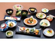 和食会席膳【7,500円税別】一例。一品、一品、心を込めて手作りしています。