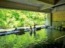 豊沢川を眺めながら温泉をお楽しみください!