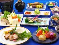 夏のご夕食一例。四季折々のご夕食をお楽しみ下さい♪