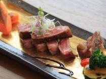 スーパーブランド牛☆佐賀牛のロースステーキ。肉の旨みがたまりません。