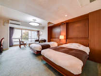 *洋室ツインベッドルーム/広さ24平米から イタリア製家具使用