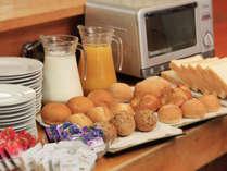 ▼朝食バイキングは無料サービスです!