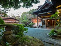 【熊本夏旅】★郷土料理と自慢の天然温泉を満喫!!人吉温泉入浴剤付き