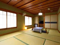 和室14畳のお部屋です。