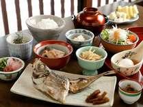 【朝食】身体が嬉しくて目覚めるようなこだわりの和食膳です。