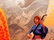 【毎夜の生演奏】21時~ロビーでは津軽三味線を披露。身体に響く迫力ある津軽の伝統文化の生演奏です。