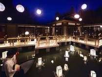 【津軽四季の水庭】水辺にせり出したテラスからは津軽の伝統工芸を四季折々の設えで体感いただけます