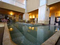 大浴場「夕月」つくもと湯と藤乃湯の2種類の源泉が楽しめる