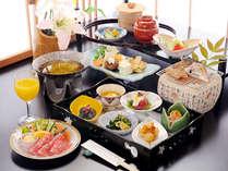 和会席朝食で贅沢な朝を