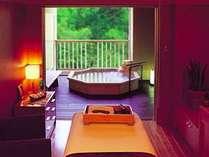 スパフィトンには個室風呂4室を含む全6室のトリートメントルームが。極上のリラックスタイムを(有料)