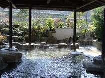 やわらかい日差しとここちよい風を感じて・・・春の庭園露天風呂