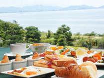 朝食バイキングイメージ(ときには琵琶湖を眺めながら)