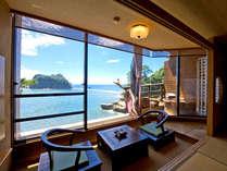 清々しい海の絶景を堪能する露天風呂付客室