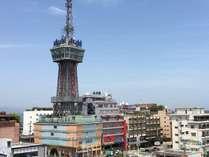 別府タワーとホテル