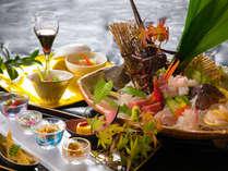 豊後大分の新鮮な山海の幸を使用した自慢の会席料理をお楽しみください。