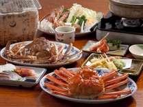 刺し・茹で・炭火焼き・カニすき鍋・天ぷらなど豪華共演のカニフルコース/例