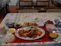 ヨロン島の創作料理:深海鮫のフライ、タルタルソースでお召し上がり下さい