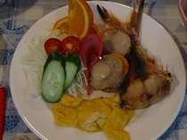 朝食:南の島の朝食は彩りもカラフル♪で美味しいですよ♪