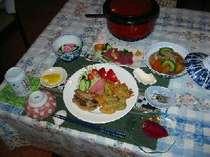 ムレージ・イュンカ・ドラゴンフルーツなどヨロン島産の新鮮な旬の食材を利用しています。
