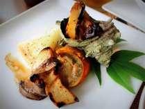 海の幸を豪華にオーブン焼き!ホタテ、カレイにサザエのつぼ焼きもどうぞ♪