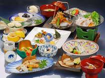 ★年末年始★日本料理を味わう【4名様限定(小学生以上)】ベッド三台まで≪夕朝食付≫小学生以下半額!