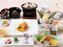 【夜景側パークビュー客室】日本料理を気軽に愉しむ♪お手軽カジュアルステイ≪夕朝食付≫