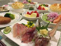 季節によって、夕食の内容は変わります。旬の食材でご用意いたします。